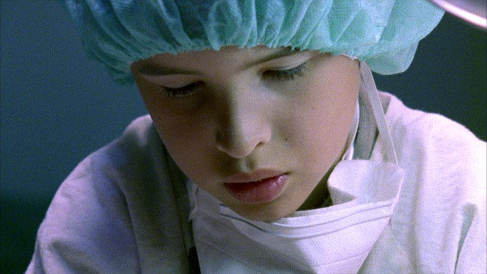 Ausschnitt aus dem Superfinn Kinderfilm - Finn in OP-Kleidung